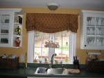 Stationary Balloon Valance